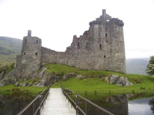 Kilchurn Castle: not the tourist shot, and no pylons