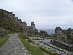Tintagel Castle: not much left, but location, location, location!